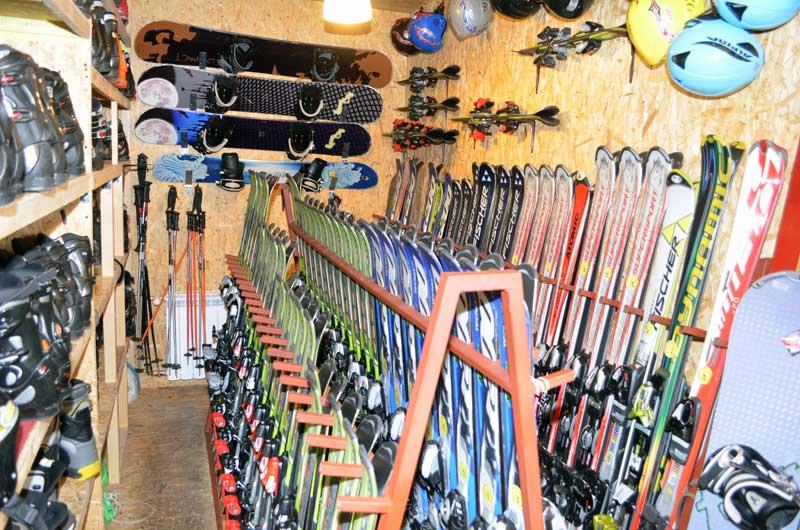 Chowańcówka - Wypożyczalnia nart i snowboardów 1